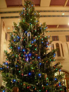 The 2008 PMU Christmas Tree (Photo by Po-Kai Huang)